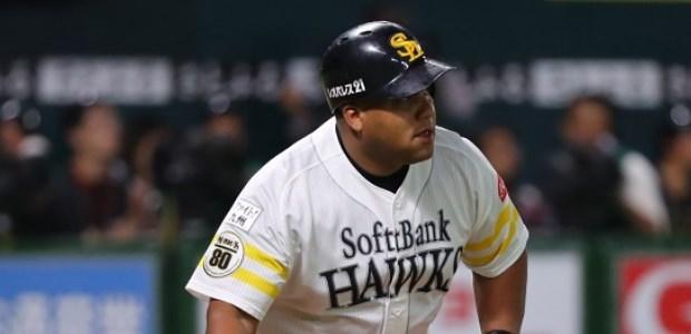 デスパイネ 福岡ソフトバンクホークス 外野手